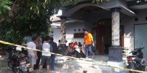 Guru SMP Di Jombang Ditemukan Tewas Bersimbah Darah Di Rumahnya